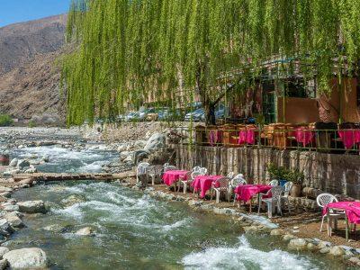 ristoro sul fiume Ourika in marocco