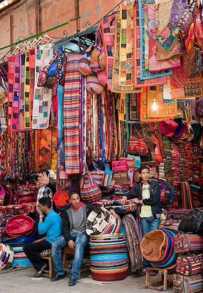 tessuti al souk mercato di Marrakech