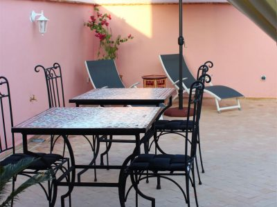tavoli in terrazza riad el arco marrakech